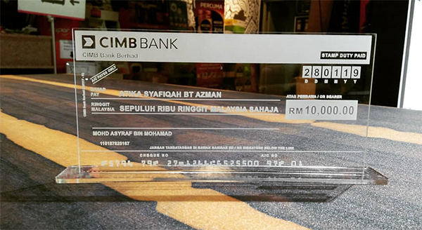 Acrylic Transparent Mockup Cheque